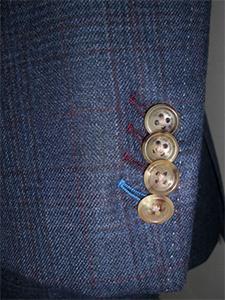 スーツをイージーオーダーで作るメリット・デメリットとはの画像