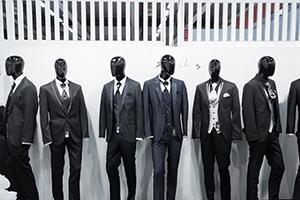 エレガントなイタリアンオーダースーツでオシャレ上級者への画像