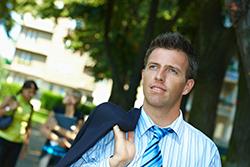 ビジネスマンの常識!スーツの夏服と冬服の違いとは?の画像