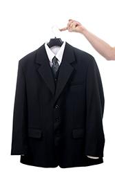 スーツを自宅で洗濯する4つの方法の画像