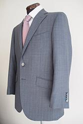 スーツを買う時の選び方、みんなが重視しているポイントは?