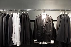 「お気に入り」を長持ちさせるスーツの保存方法とは?の画像