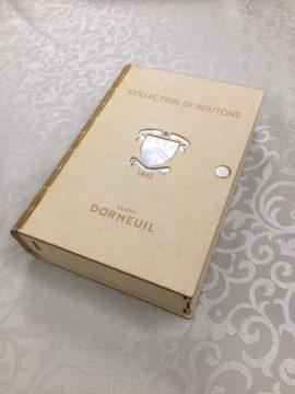 ドーメルの新しいボタン見本です。の画像