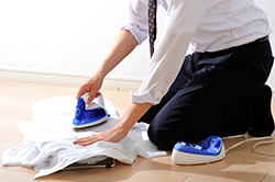 【スーツ】ワイシャツのアイロンがけのコツ3選の画像