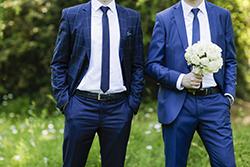 新春シーズンウェア「梅春スーツ」の特徴と明るい色柄の生地選びの画像