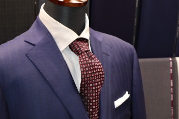 ゼニアトロフェオ紺のオーダースーツの画像