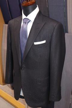 ランバンセレモニー用オーダースーツの画像