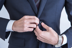 自分でできる! スーツのボタンの付け方についての画像