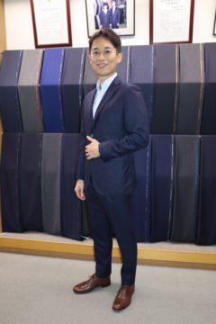 アダルトタイトラインでオーダースーツ|Fashion AT Men'sの画像
