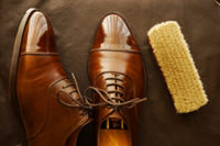 メンテナンスされた美しい革靴の画像
