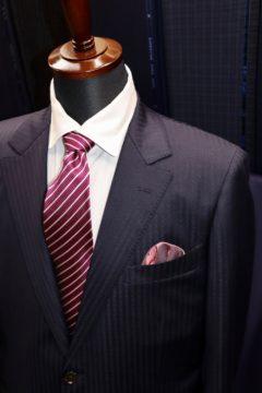 ストレッチ性のあるアマデウスアクションで|Fashion AT Men'sの画像