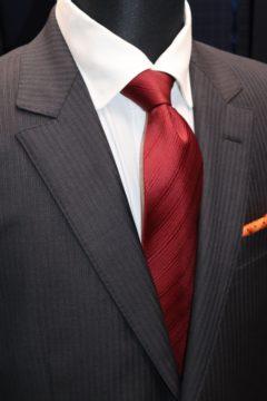 タリアSuper160'sの光沢感あるオーダースーツ Fashion AT Men'sの画像