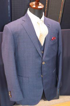 ゼニアトラベラーで3ピーススーツ|Fashion AT Men'sの画像