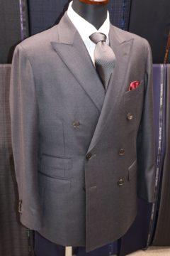 マニカカミーチャでダブルのオーダースーツ Fashion AT Men'sの画像