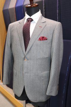 エルメススカーフをスーツの裏地に|Fashion AT Men'sの画像