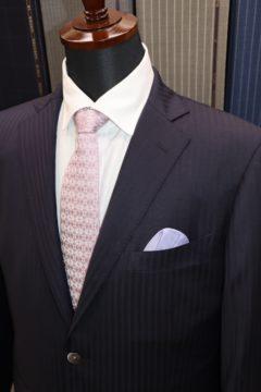 トラベラーで高級感あるオーダースーツ|Fashion AT Men'sの画像