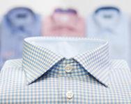 チェック柄のワイシャツ