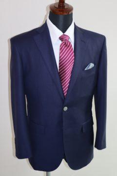 ゼニアネイビーのトラベラーでスーツ|Fashion AT Men'sの画像