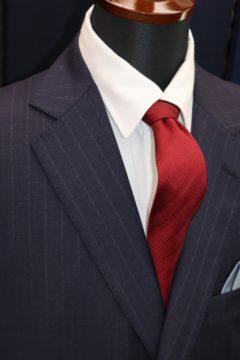 ゼニアトラベラーの紺ストライプスーツ|Fashion AT Men'sの画像