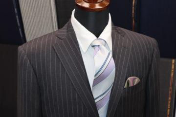 ストライプのラインがおしゃれドーメルスーツ|Fashion AT Men'sの画像