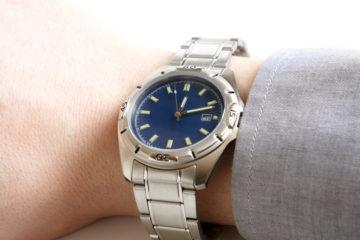 夏は素材が大事! ビジネスでも使える夏用腕時計の選び方!の画像